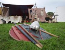 Møre Frie Vikingar har eiga blankvåpengruppe.